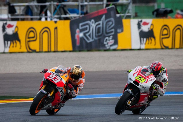 2015-Sunday-MotoGP-Valencia-Scott-Jones-08