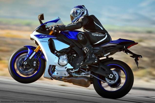 2015-Yamaha-YZF-R1-15