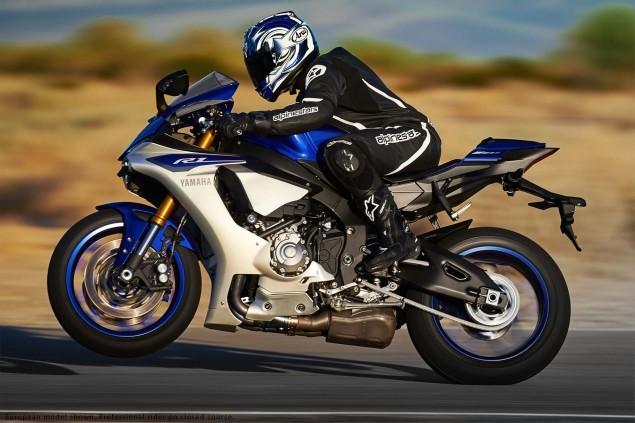 2015-Yamaha-YZF-R1-32