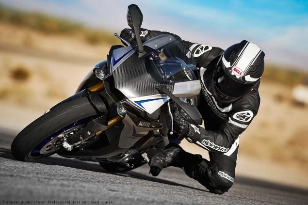 2015-Yamaha-YZF-R1M-08