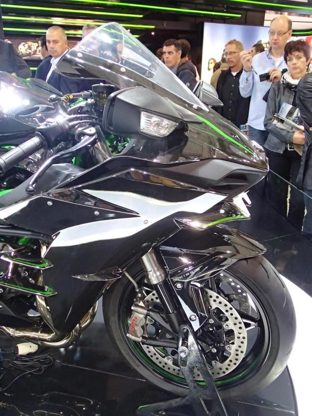 Kawasaki-Ninja-H2-EICMA-Rob-Harris-10
