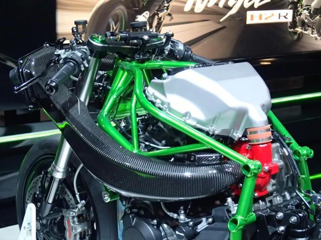 Kawasaki-Ninja-H2-EICMA-Rob-Harris-6
