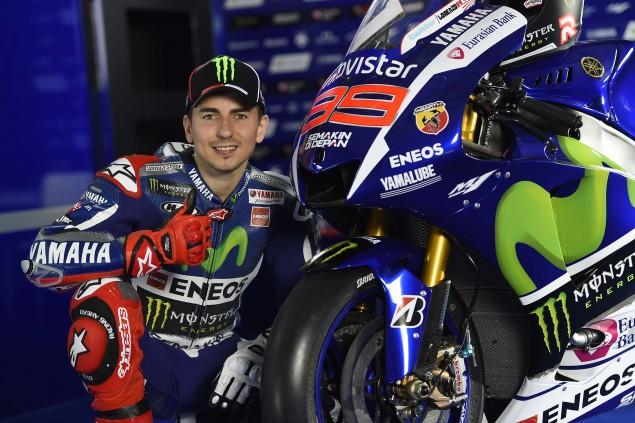 2015-Yamaha-Racing-Jorge-Lorenzo-33