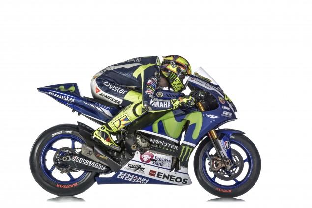 2015-Yamaha-Racing-Valentino-Rossi-44