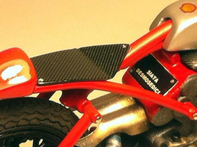 Ducati-Desmosedici-Cucciolo-Concept-Alex-Garoli-11