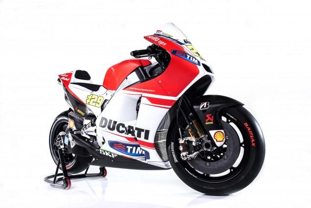 2015-Ducati-Desmosedici-GP15-MotoGP-Andrea-Iannone-20
