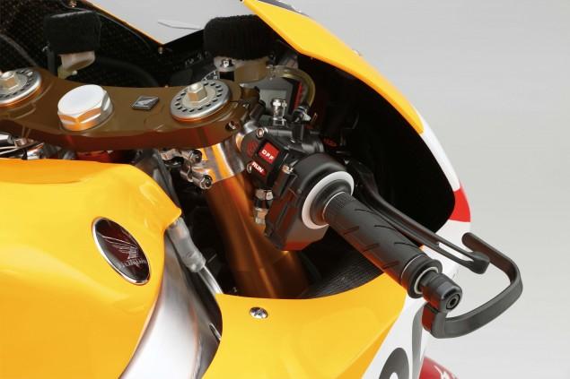 2015-Honda-RC213V-Dani-Pedrosa-HRC-huge-08