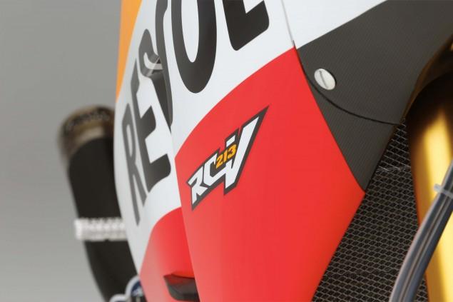 2015-Honda-RC213V-Marc-Marquez-HRC-huge-06