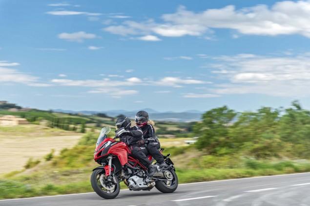 2015-Ducati-Multistrada-1200-S-action18