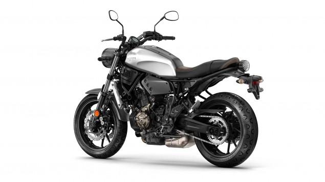 2016-Yamaha-XSR700-Studio-06
