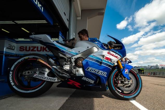 Team-Suzuki-Ecstar-Sachsenring-German-Grand-Prix-MotoGP-2015-Tony-Goldsmith-667