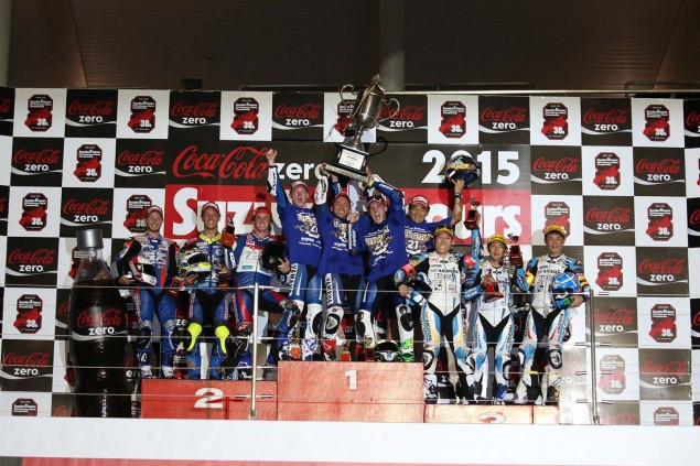 Yamaha-Factory-Racing-Team-2015-Suzuka-8-hour-04