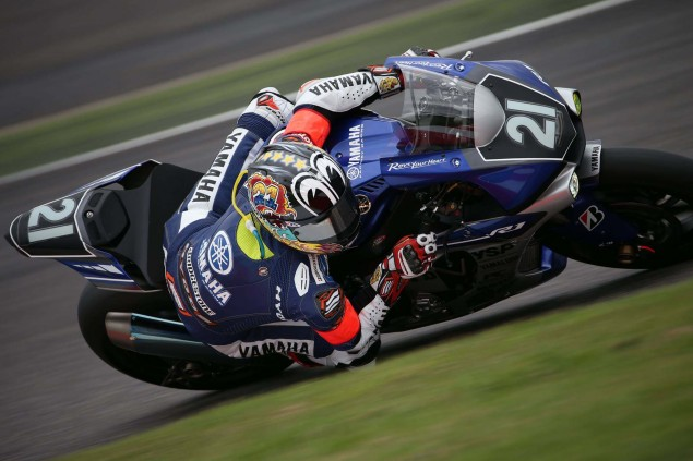 Yamaha-Factory-Racing-Team-2015-Suzuka-8-hour-06