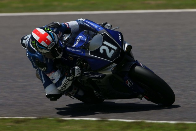 Yamaha-Factory-Racing-Team-2015-Suzuka-8-hour-07