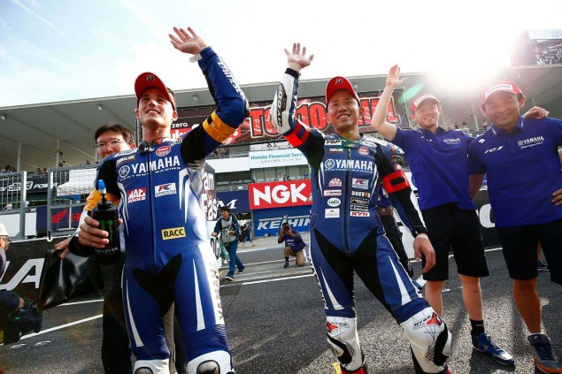 Yamaha-Factory-Racing-Team-2015-Suzuka-8-hour-11