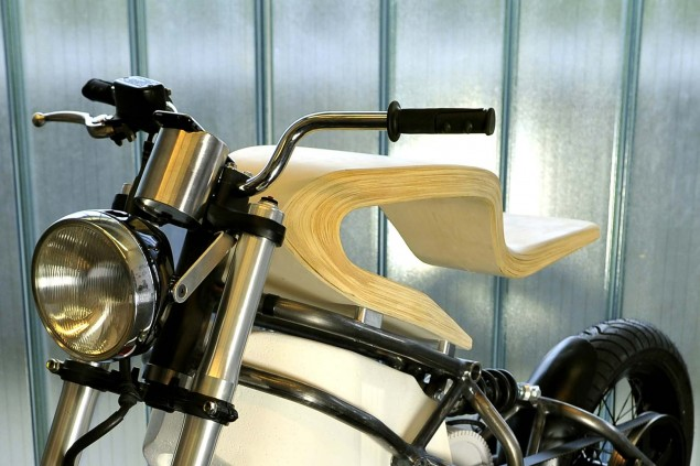 Expemotion-E-Raw-electric-motorcycle-concept-04