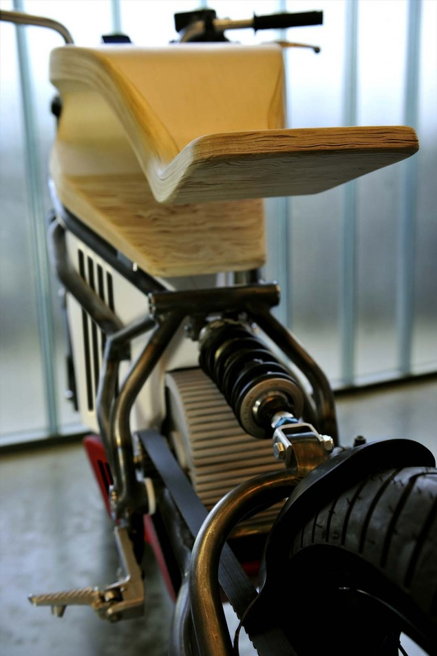 Expemotion-E-Raw-electric-motorcycle-concept-12