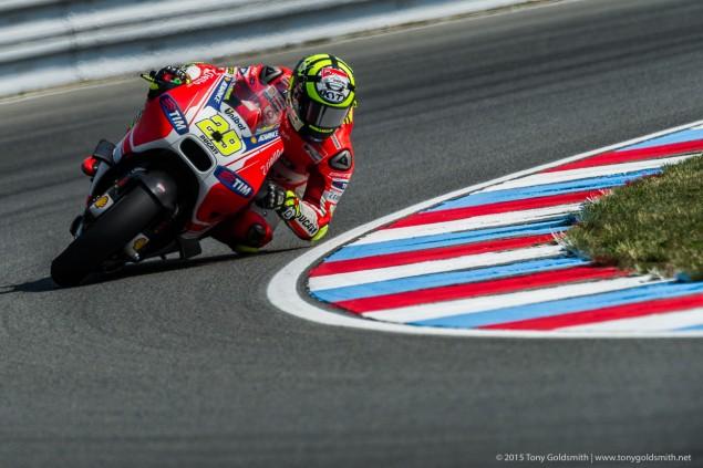 Friday-Brno-Czech-Grand-Prix-MotoGP-2015-Tony-Goldsmith-272