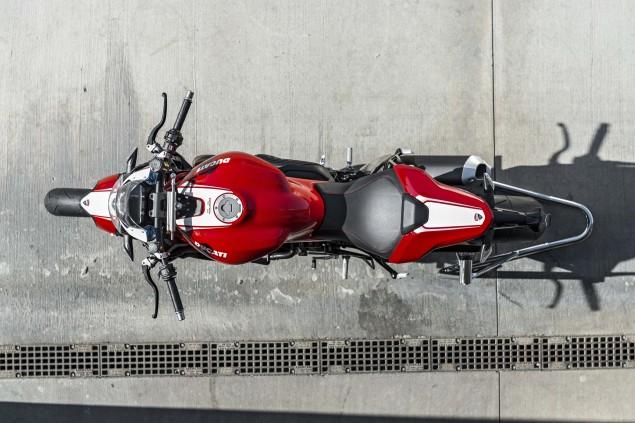 2016-Ducati-Monster-1200-R-still-25