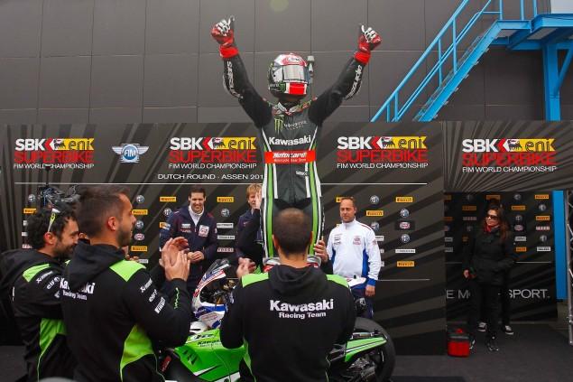 Jonathan-Rea-Kawasaki-Racing-Team-World-Superbike-WSBK-Champion-02
