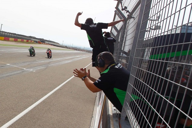 Jonathan-Rea-Kawasaki-Racing-Team-World-Superbike-WSBK-Champion-06
