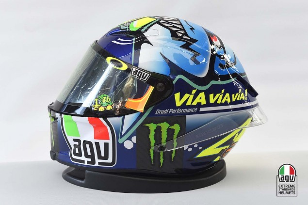 Valentino-Rossi-2015-Misano-AGV-PIsta-Helmet-06
