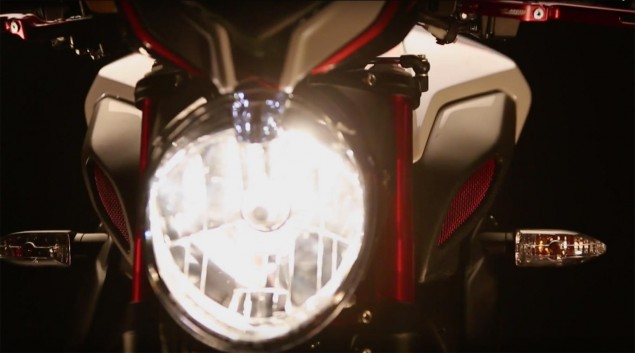 Lewis-Hamilton-Dragster-RR-MV-Agusta-01