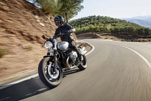 2016-BMW-R-nineT-Scrambler-02