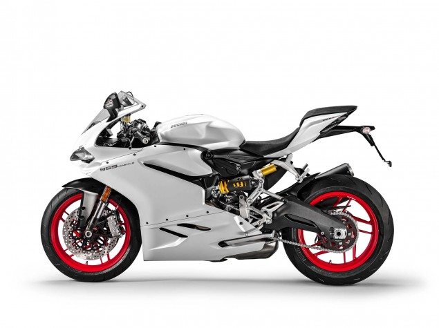 2016-Ducati-959-Panigale-05