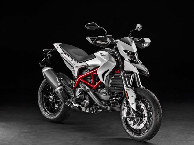 2016-Ducati-Hypermotard-939-09