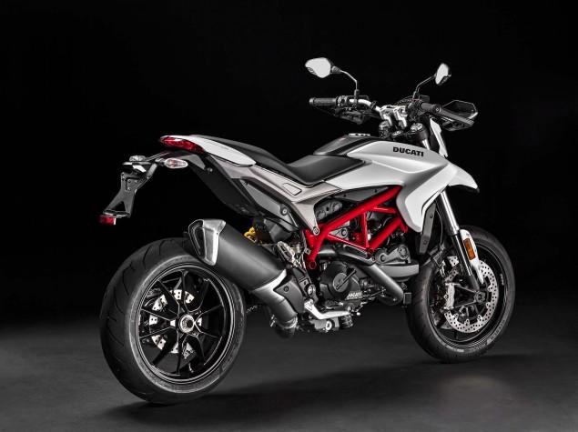 2016-Ducati-Hypermotard-939-10