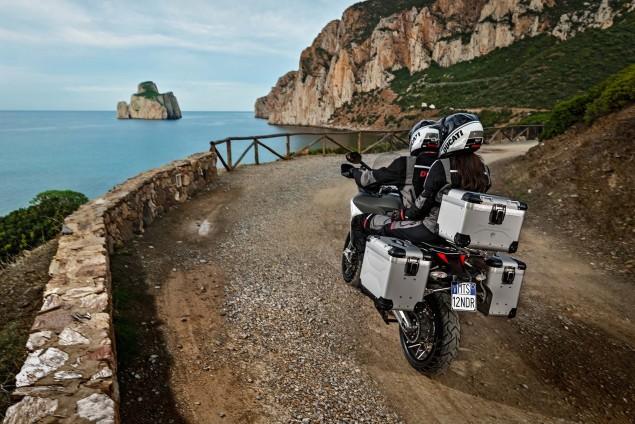 2016-Ducati-Multistrada-1200-Enduro-02