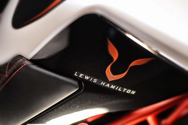 2016-MV-Agusta-Dragster-RR-Lewis-Hamilton-32