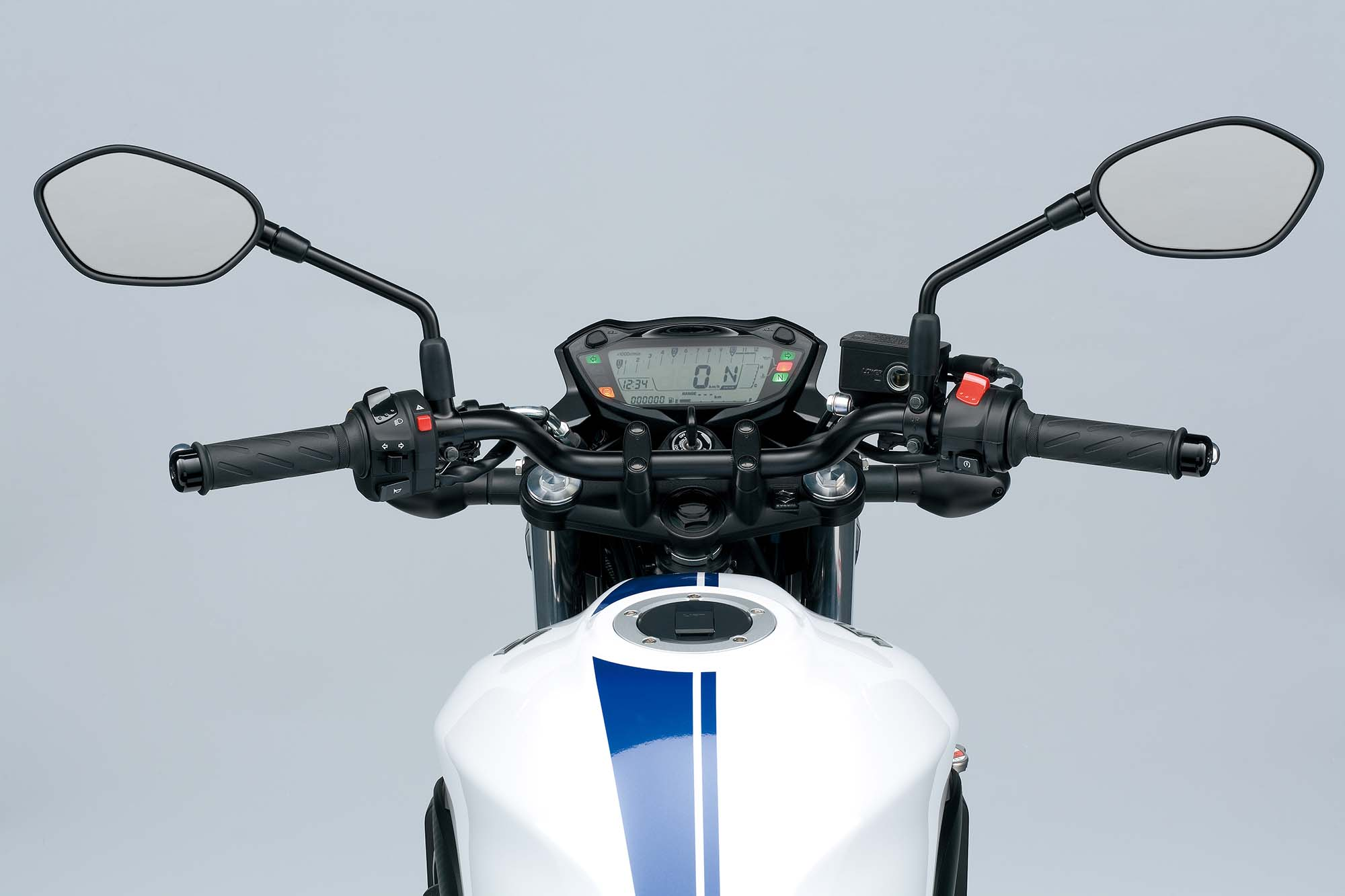 2018 suzuki sv650. contemporary 2018 2016suzukisv650adetails02 and 2018 suzuki sv650