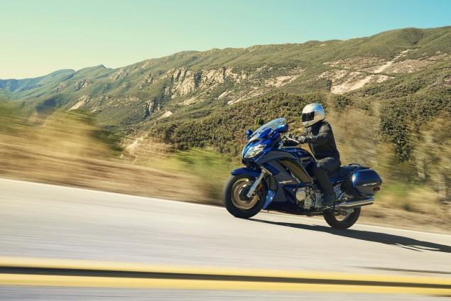2016-Yamaha-FJR1300-08