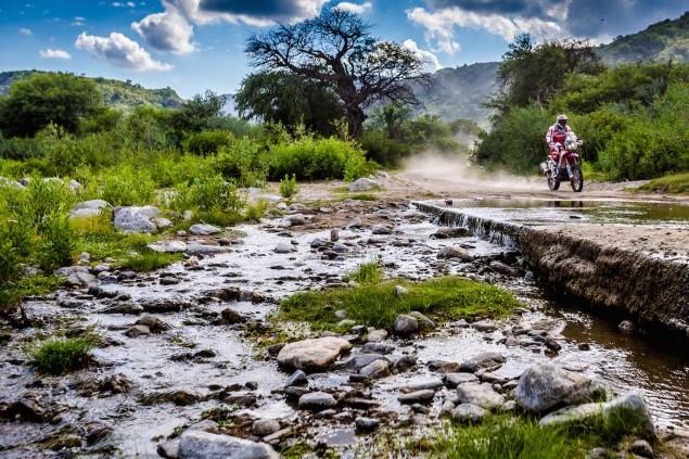 2016-Dakar-Rally-Stage-13-HRC-03
