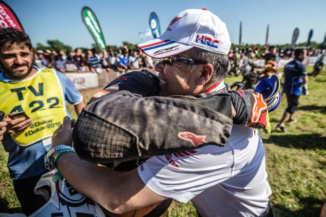 2016-Dakar-Rally-Stage-13-HRC-16