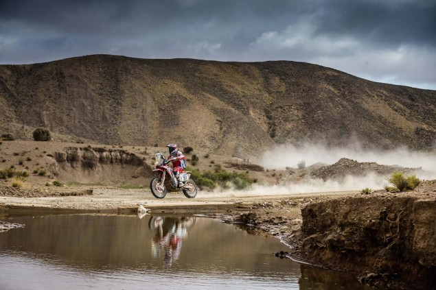 2016-Dakar-Rally-Stage-5-HRC-10