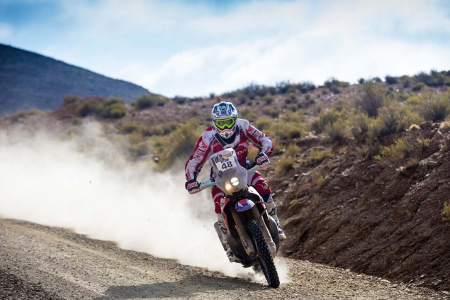 2016-Dakar-Rally-Stage-5-HRC-16