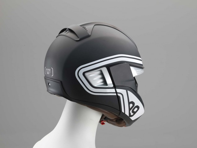 BMW-Motorcycle-helmet-HUD-01
