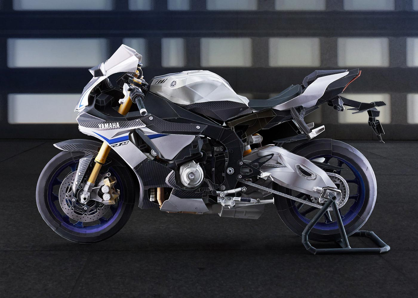 Make a scale model of the yamaha yzf r1m out of paper asphalt yamaha yzf r1m papercraft model 01 jeuxipadfo Choice Image