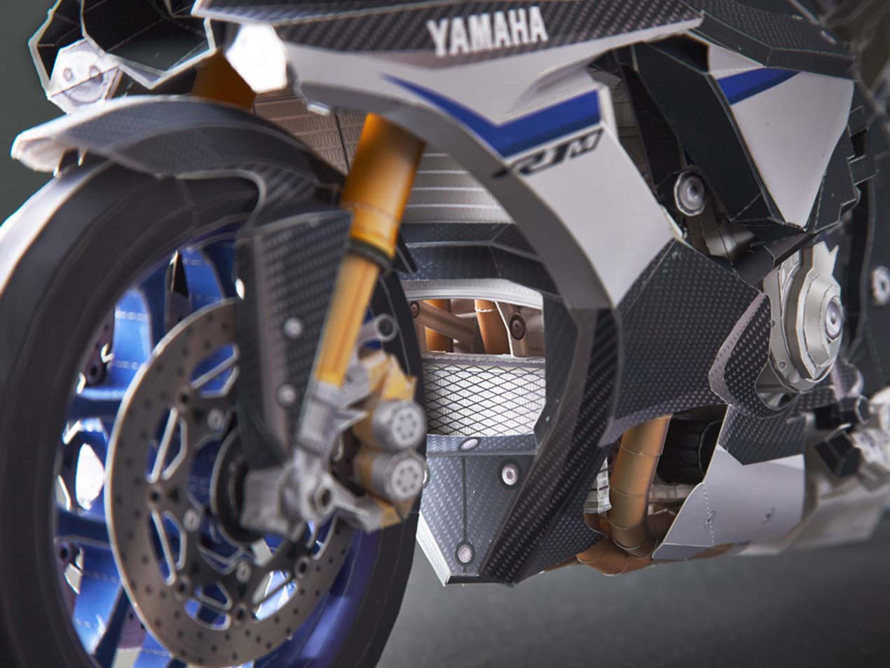 Make a scale model of the yamaha yzf r1m out of paper asphalt yamaha yzf r1m papercraft model 06 jeuxipadfo Choice Image