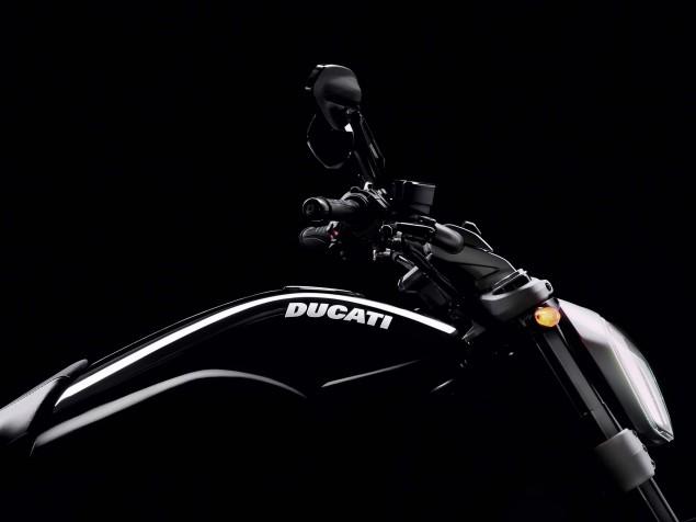 Ducati-XDiavel-S-San-Diego-studio-action-36