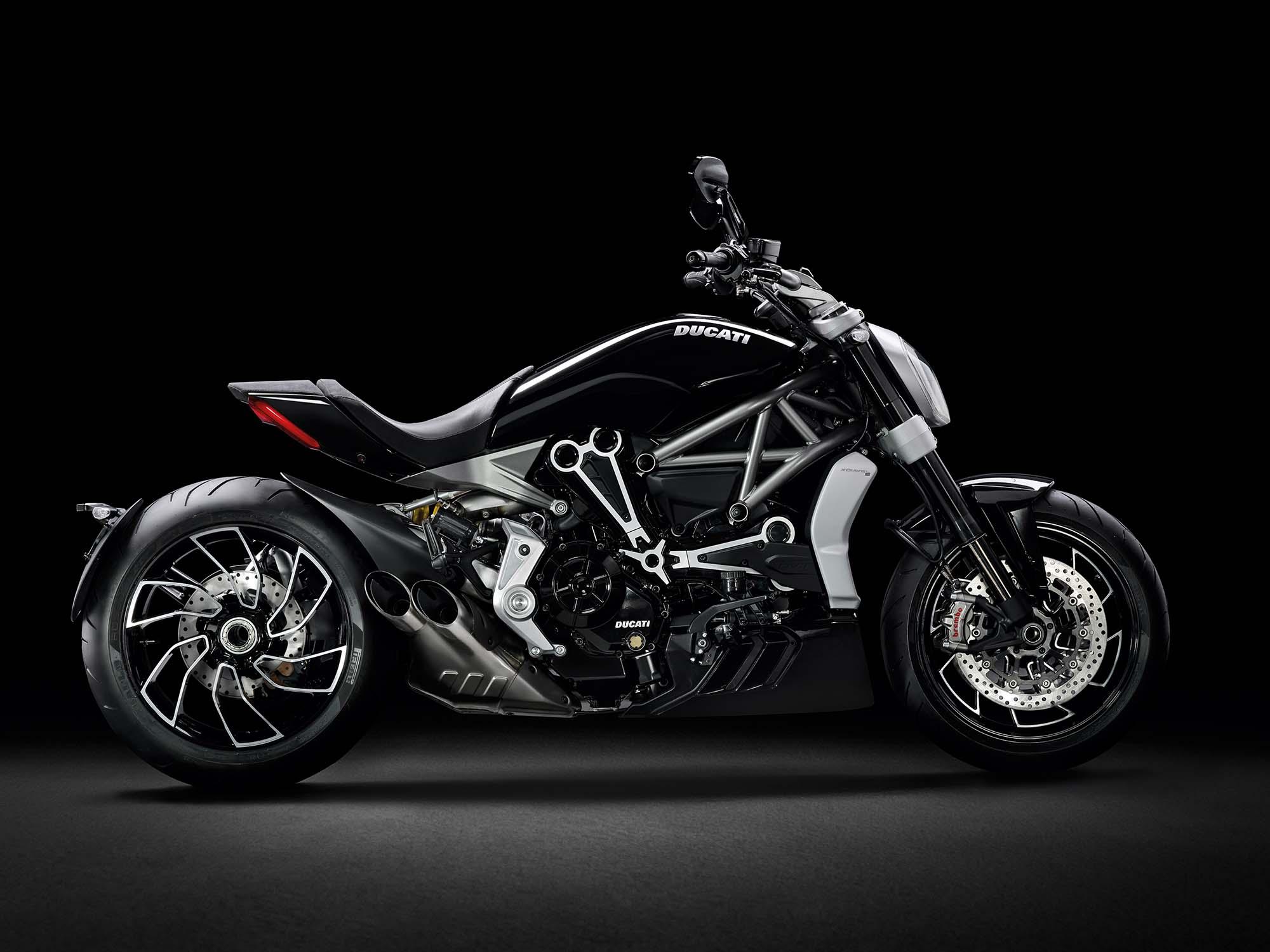 Отзыв о Ducati XDiavel Kickstand продолжается, но снова