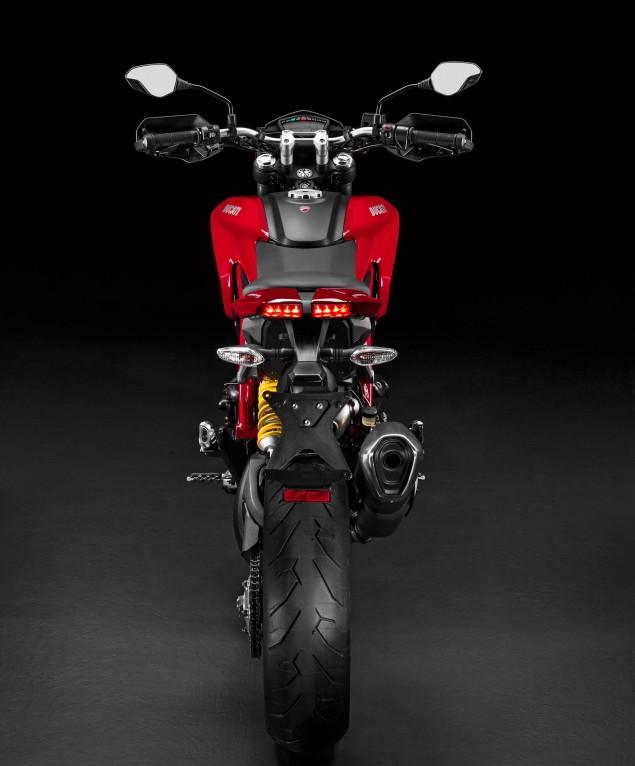 2016-Ducati-Hypermotard-939-13
