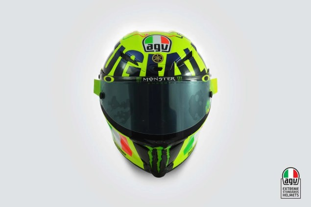 Valentino-Rossi-2016-Mugello-helmet-AGV-02