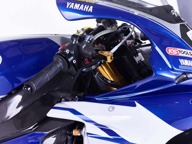 GMT94-Yamaha-YZF-R1-Official-EWC-race-bike-05