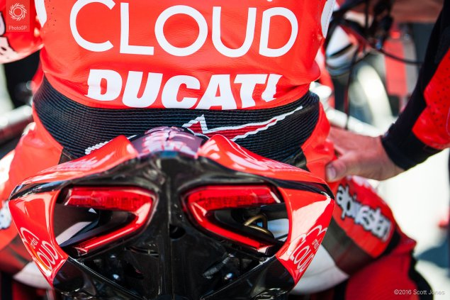 2016-WSBK-Laguna-Seca-Saturday-Davies-grid