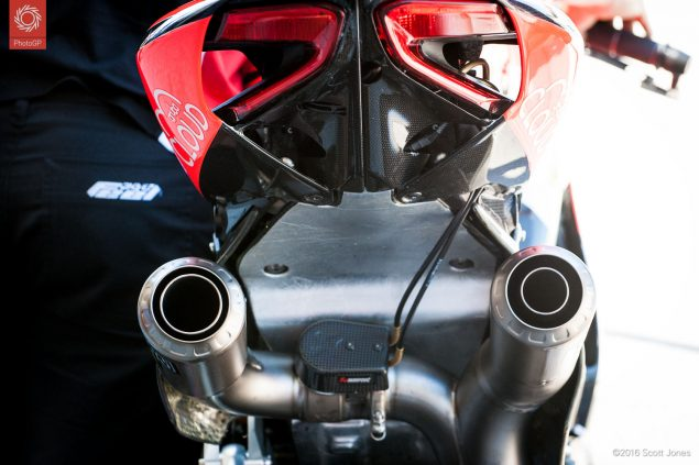 2016-WSBK-Laguna-Seca-Saturday-Ducati-exhaust