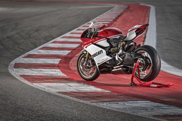 2017-Ducati-1299-Panigale-S-Anniversario-12